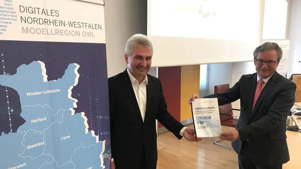 Austausch mit Minister Pinkwart zu INSPIRE und Digitaler Modellregion OWL